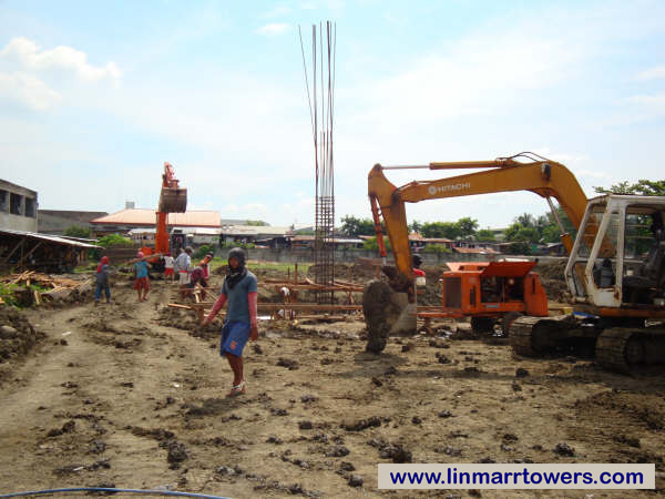 Image of the construction of the first foundation at Linmarr Towers Condominium Complex